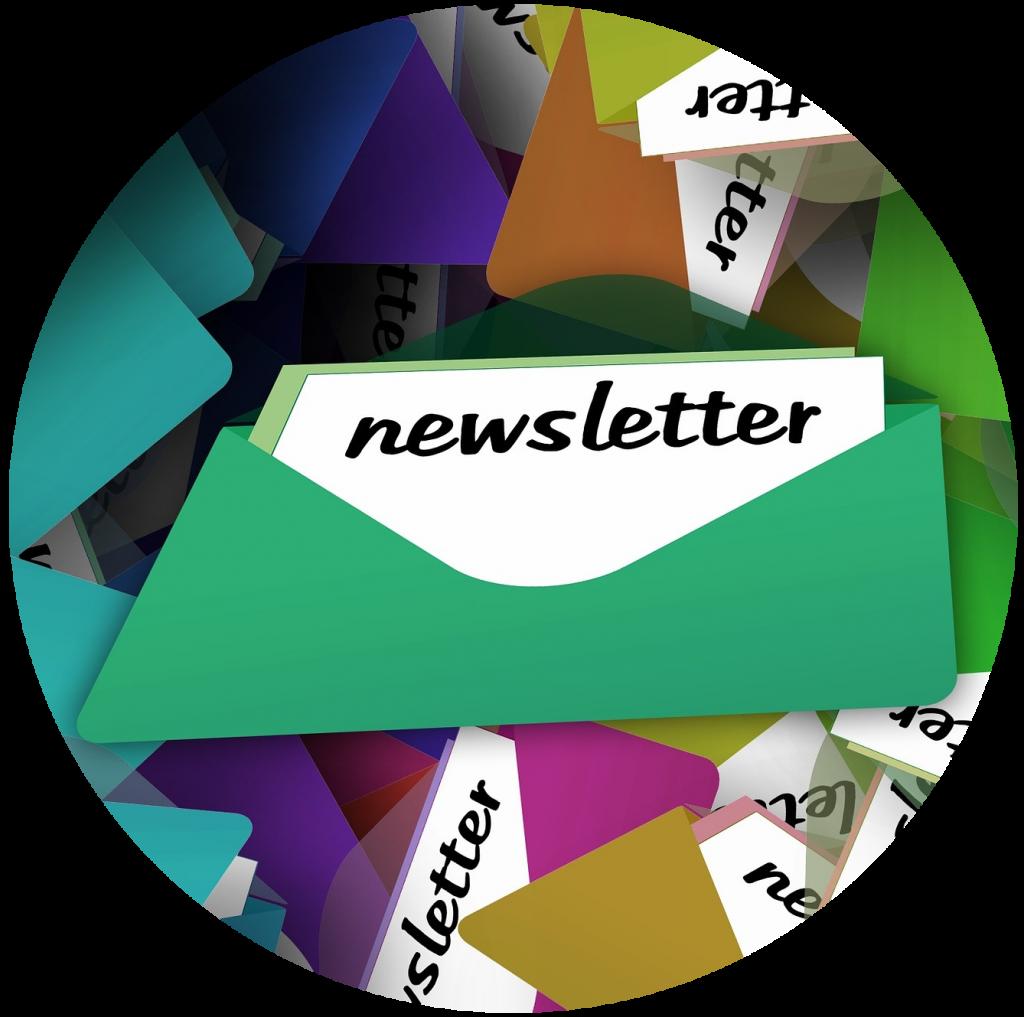 Vários envelopes, de várias cores, simbolizando várias newsletters.